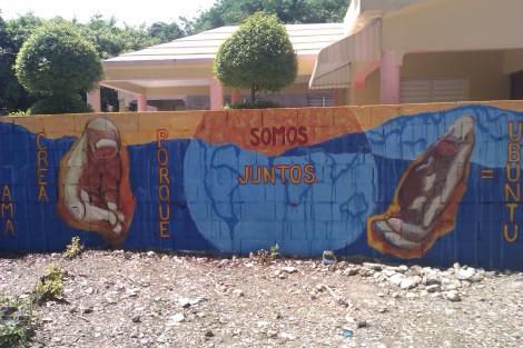 """Mural by Catherine J Howard -- """"Vive, Ama, Crea porque somos juntos = Ubuntu"""""""